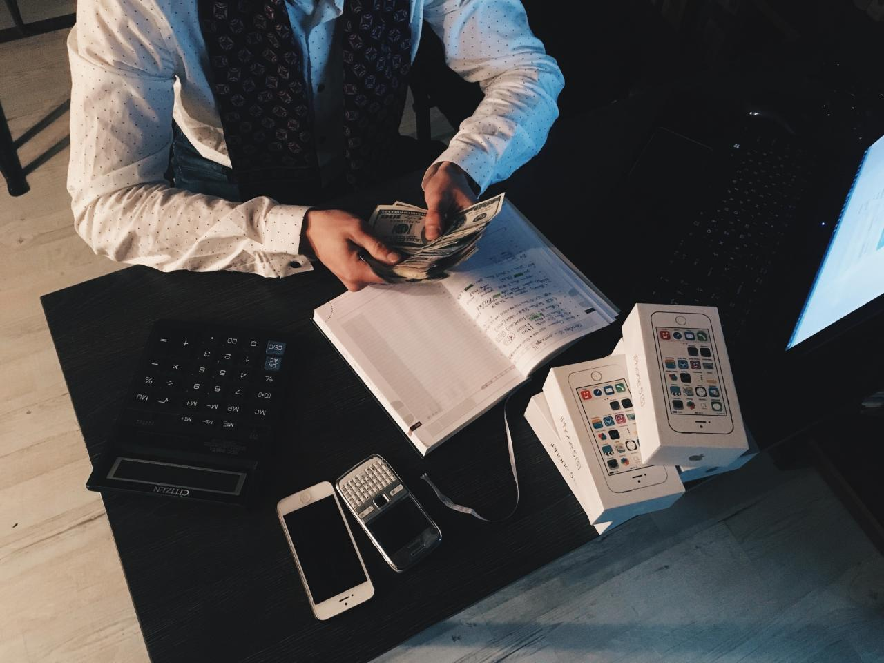 Person Counting Money With Smartphones in Front on Desk, notebook, money, man, office, HQ Photo