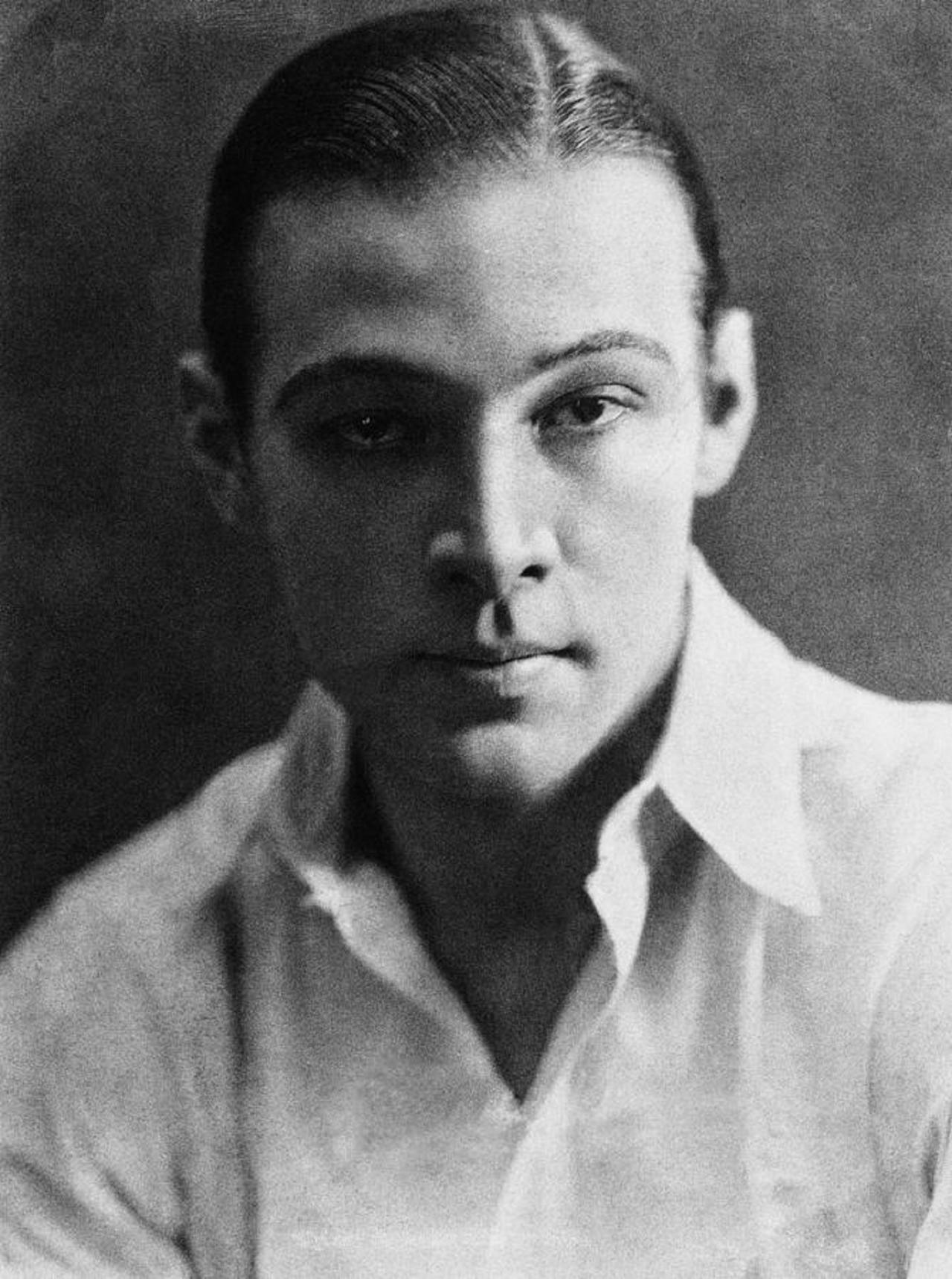 Rudolph Valentino, television, film, famous, actor, HQ Photo