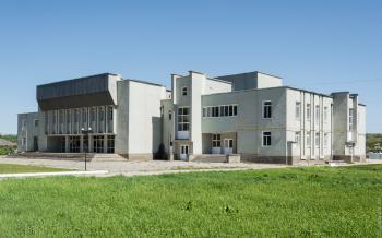 Дом культуры в Корлатенах (Рышканский район) / Casa de cultura Corlateni (raionul Riscani)