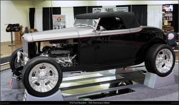 1932 Ford Roadster - 75th Anniversary Edition
