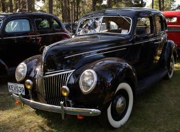 1938 Ford De Lux V8