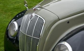 1948 Morris 8E four door, nose