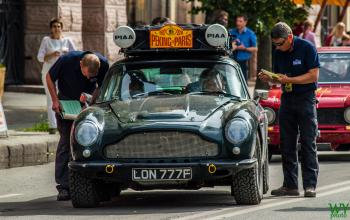 1967 Aston Martin DB6 - James Alexandroff & David Jones
