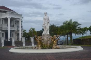 A statue of Goddess
