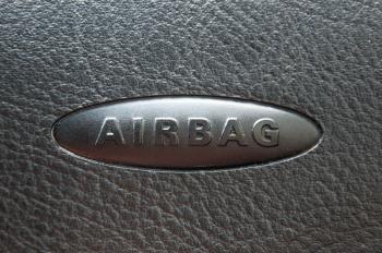 Airbag steering wheel symbol