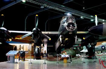 Avro Lancaster Bomber (3)