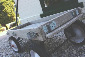 Beige Wooden Pull Kart