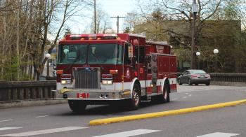 Bellingham Fire Dept: Engine 1 Responding