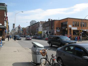 Bloor Street West, between Bathurst and Spadina -o