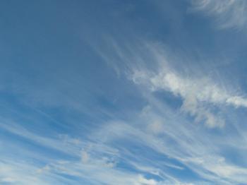Blue Sky Wispy Clouds Background