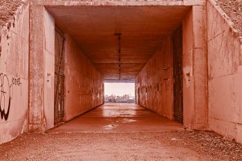 California War Tunnel - HDR Inferno