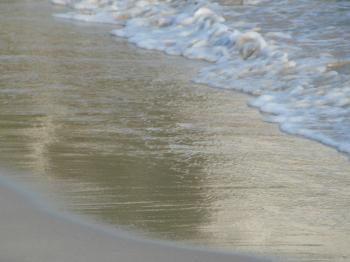 Calm Ocean Wave Background