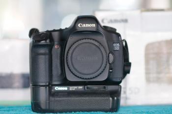 Canon Digital Mirror Camera