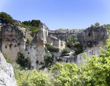 Caves in Neapolis