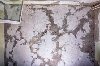 Grunge ceiling