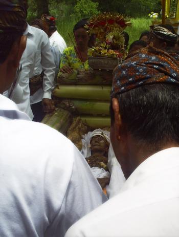 ceremonial ngaben