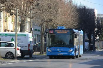 CITURA - Heuliez Bus GX437 n°915 - Ligne 3