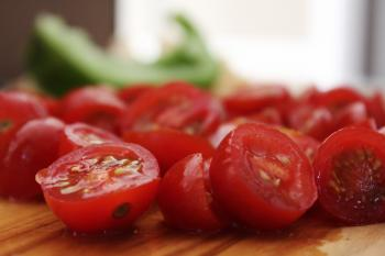 Close-Up Photography of Slices of Cherry Tomatoes