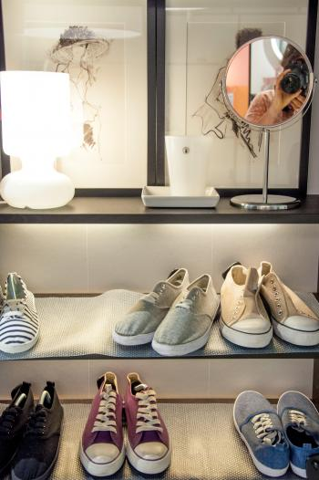 closet with shoes