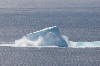 Collapsing Iceberg