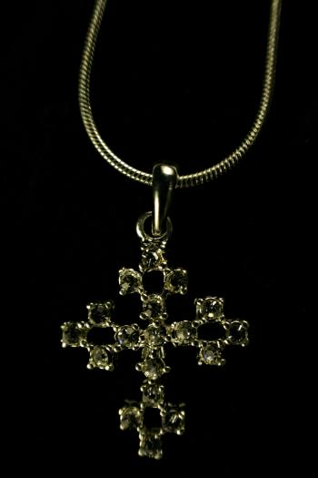 Cross neclace
