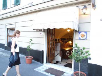 Da Rina Restaurant - Genova-Liguria-Italy - Creative Commons by gnuckx
