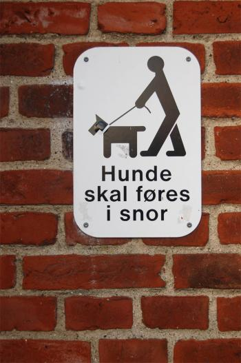 Danish no dogs sign