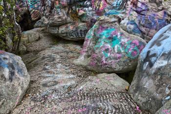 Dans Vibrant Rock - HDR