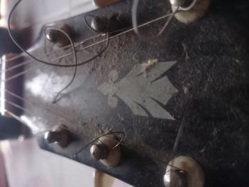 Dirty Old Guitar Headstock