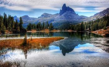 Dolmites Lake View