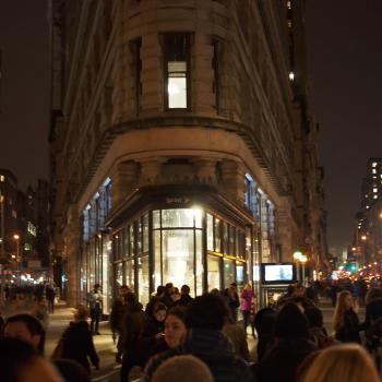 Flatiron building at night
