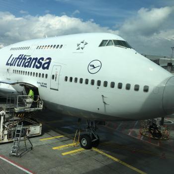 Fliegen sie doch wenn sie es so eilig haben :-) ich rufe die Lufthansa an