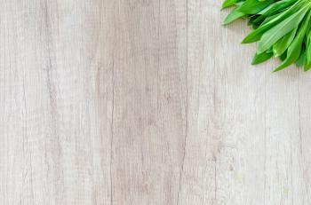 Fresh Bear Garlic on Wooden