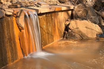 Gold Urbex Falls - HDR