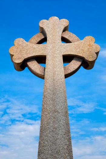 Guernsey Cemetery Celtic Cross - HDR