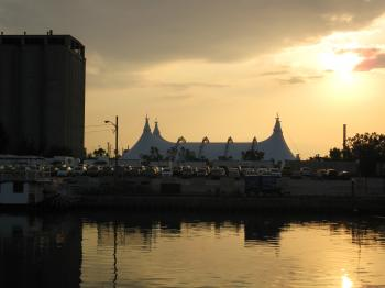 IMG_Cavalia Odysseo, shortly after sunrise, 2012 07 06 -m.jpg537.JPG