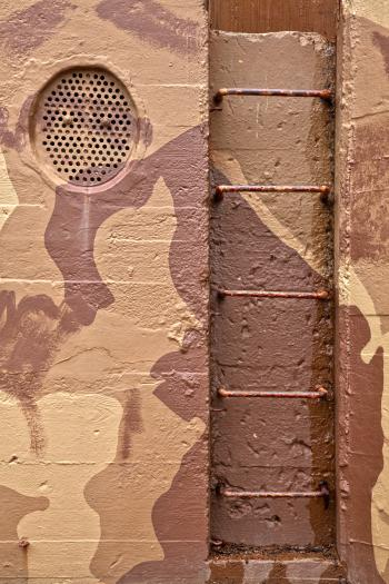 Jersey Bunker Ladder - HDR