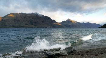 Lake Wakatipu. Queenstown. NZ