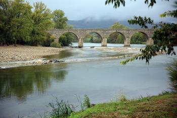 Le pont de Roquebrun