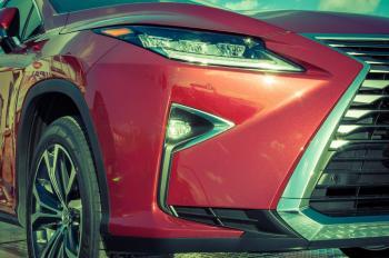 Lexus RX 200t front closeup