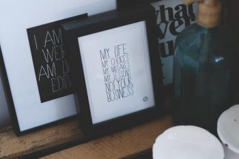 Lifestyle phrases in frames