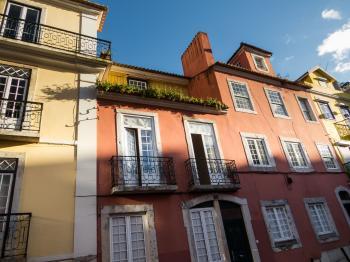 Lisbon architecture - red