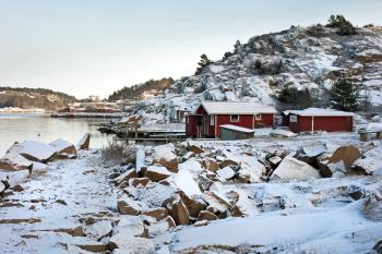 Loddebo fishing huts in winter