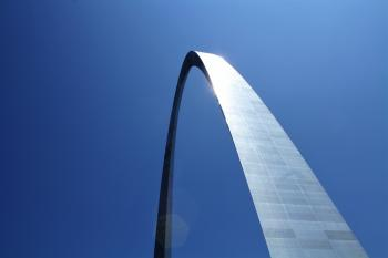 Low-angle Photography of Gateway Arch in St. Louis