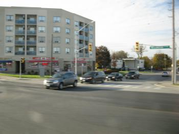 Newmarket to Union Station via GO Transit bus, 2012 10 19 (113).JPG
