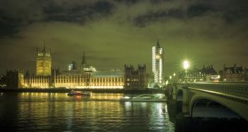 Noche en el Parlamento del Reino Unido
