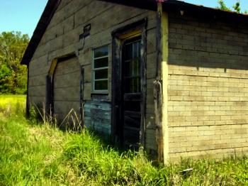 Old shed along road