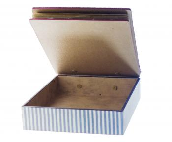 Open Vintage Box