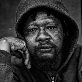 Persona sin hogar. Detroit, Michigan.