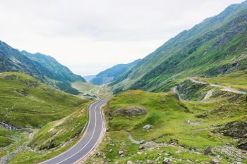 Photo of famous winding road